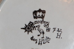 1642-f1