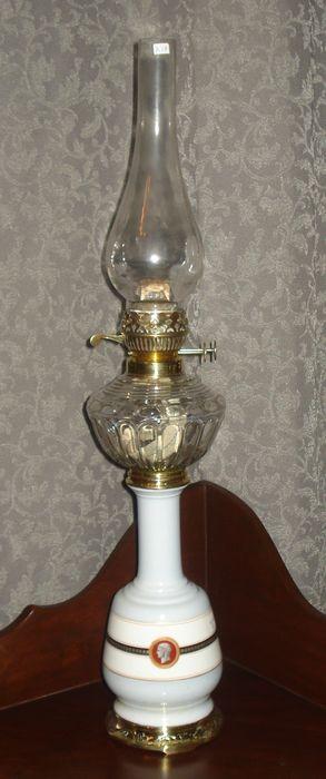 Лампа маслянная