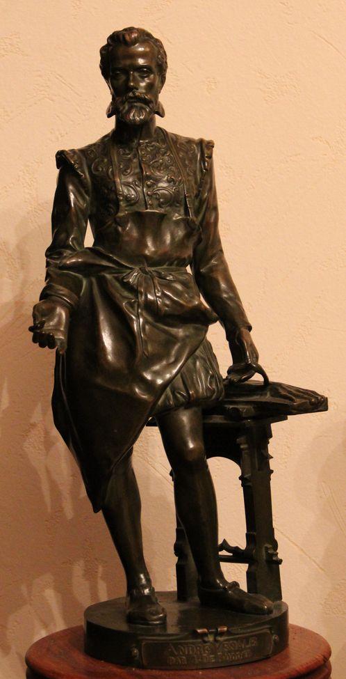 Скульптура доктора Везалия