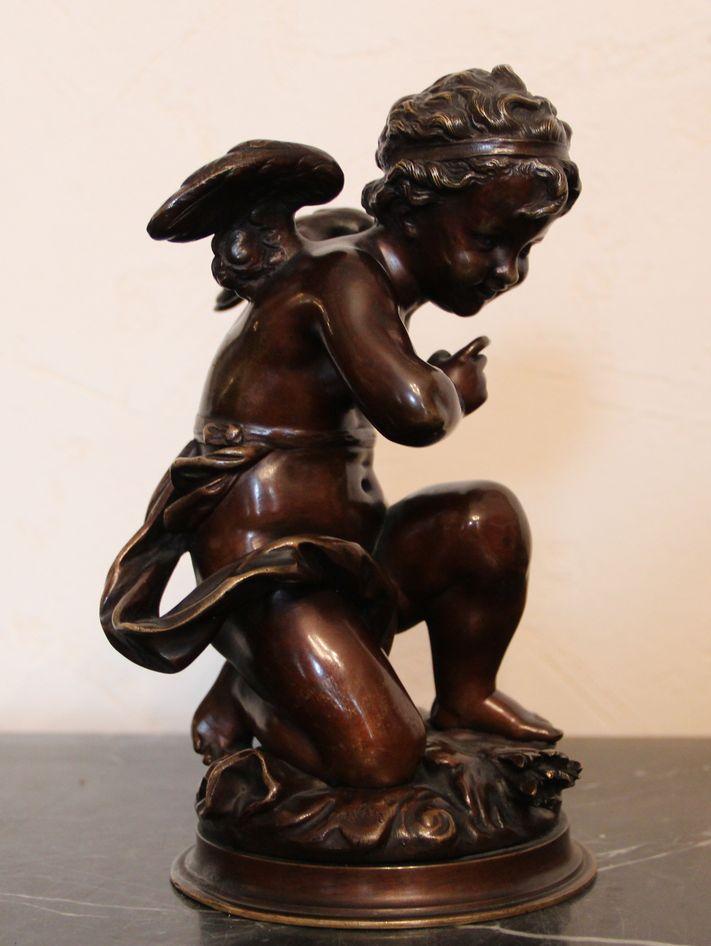 Скульптурная композиция «Амур»
